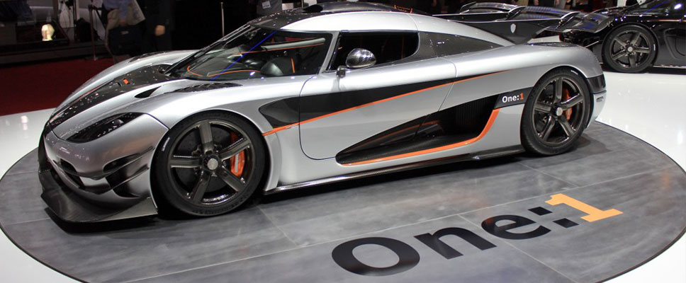 carbon_fibre_car2